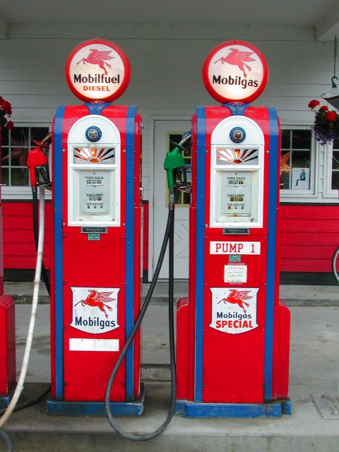 gas-station-oil-prices